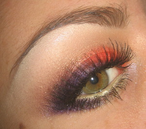 Tutorial for this look here : http://www.youtube.com/watch?v=LpqZMDYGzLY&feature=channel&list=UL