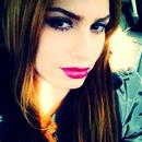 Spring pink lips makeup