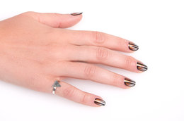 Master Mani Tutorial: Graphic Gunmetal Ombre