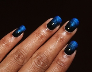 Blue Black Gradient http://www.bellezzabee.com/2012/09/nail-challenge-day-10-blue-black.html