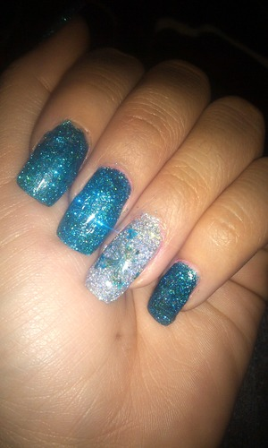 blue and silver glitter gel nails :)