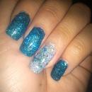 glitter gel nails :)