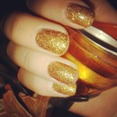 Glitter Golden Nailwear
