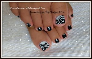 Toenail Art Design | Black and White Pedicure
