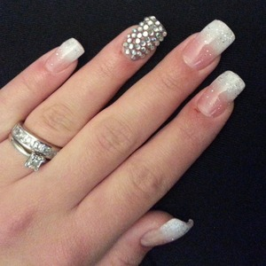 I loved these, however now that I look back I hate the ring finger covered in gems.