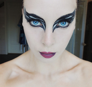 For full list of the makeup I used and a tutorial on how to do this look. Check out the blog post, http://carrosbeauty.blogg.se/2012/june/black-swan-makeup-tutorial-video-tutorial.html#