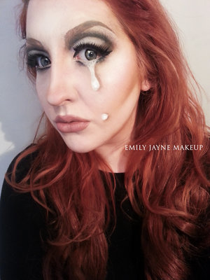 Had a play with makeup and came up with this  Check out my Facebook, Instagram and Blog for more from me! www.Facebook.com/EmilyJayneMakeup EmilyJayneMakeup (instagram) www.EmilyJayneMakeup.blogspot.com