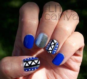 http://www.thelittlecanvas.com/2013/08/blue-tribal-ish-nails-and-nail-art.html