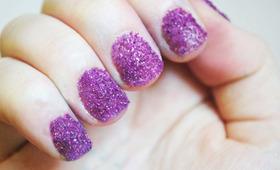 DIY Sugar Glitter Nails!