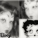 Betty Boop -Black And White Look