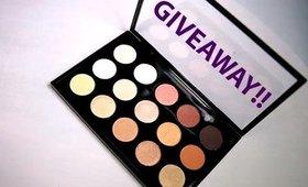 Giveaway! MAC Eyeshadow Palette