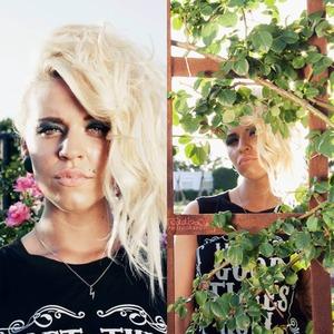 Model: Camie Scott Hair: Carolina Villanueva Makeup: Me Photography: Francisco Giles