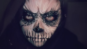 Close up of a skull makeup look I finished recently.  It's supposed to look like a painting. Took me 2 1/2hrs to do  Tutorial: http://www.youtube.com/watch?v=TYKPhhQGgxs&feature=c4-overview&list=UU4_I3wwF9lv_q3nCeEdPXaw