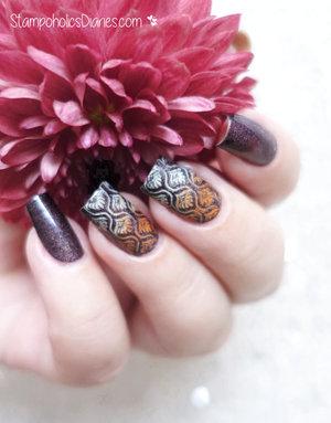 http://stampoholicsdiaries.com/2015/10/26/fall-nails-with-colour-alike-mundo-de-unas-and-konad/