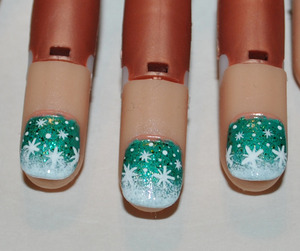 Winter's Green Nail Art
