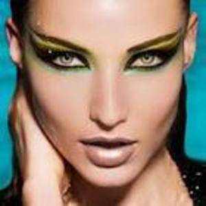 Spring Cat Eye with Lime Green & Neutral face...Brillant! i found this on google no name was on it