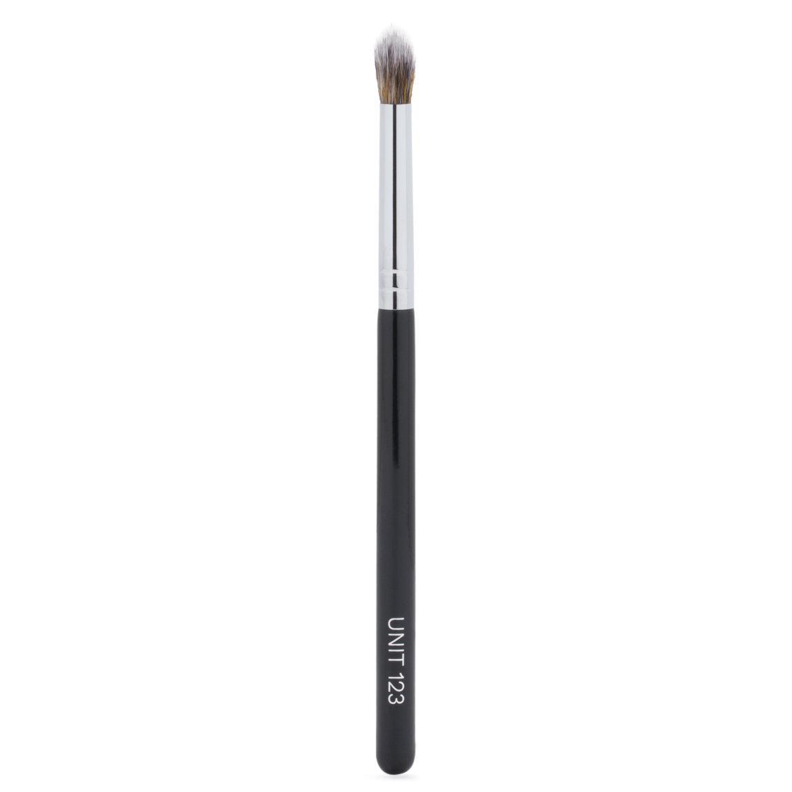 UNITS UNIT 123 Eye Brush alternative view 1 - product swatch.