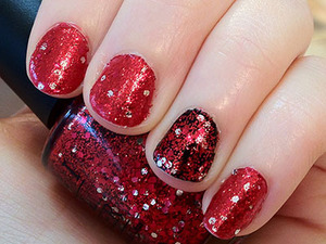 I layered shimmery Zoya Carrie Anne and a black under Gettin' Miss Piggy with it from the OPI Muppets collection to create a rich glitzy colour.