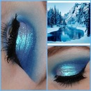 Frosty eye look(not mine)