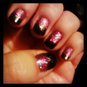I loved the look so much I had to go with my fav color purple and create another :)