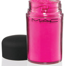 MAC Pigment in Magenta Madness