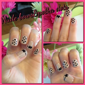 Nude nailart with bows and polka dots