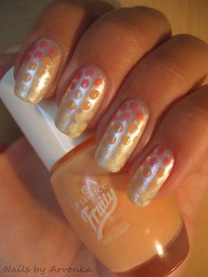http://arvonka-nails.blogspot.sk/2012/07/flormar-201-trojfarebne-bodkovanie.html