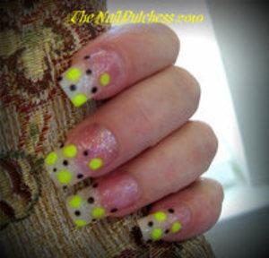 Neon Yellow & Black Dots