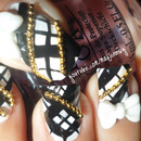 Black and White Japanese Gyaru Beaded Chain Nail Art