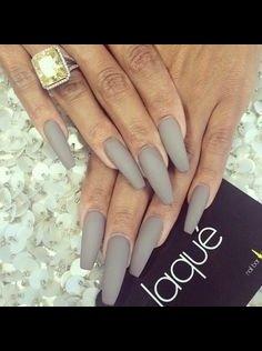Matte gray nails💕