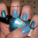 Blue accent nails
