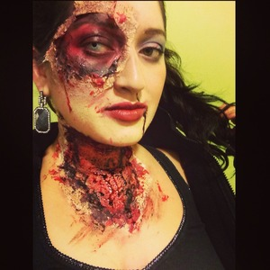 Idk what I am lol just had an accident or zombie lol.. This was a quick makeup look RAAWWWRRR!!