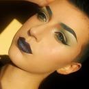 Green Eyes/Petrol Lips
