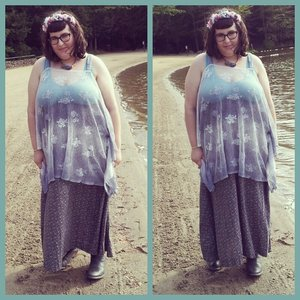 -Shirt: Goodwill.