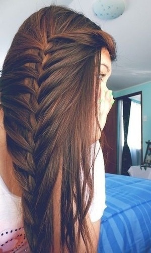 This is a really cool braid. I wish I knew the name for it. And how to do it.