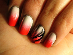 gradient: sally hansen Xtreme wear: white on zoya: stephanie sally hansen salon mani: kook a mango marbling:  orly: top coat sinful colors: black nail art polish (thin brush) *sad to say no one around me really liked this look much, but i do! :D