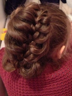 What do you think? I did this in my 4 year old cousins hair :)