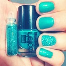 Affordable Nail Polish & Glitter Sets By Hoof