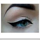 gold and black eye liner
