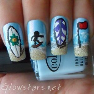 To find out more about this surfing mani please visit http://glowstars.net/lacquer-obsession/2012/08/surfin-usa