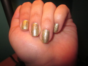 Sparkly golden nails <3   1 coat of Revlon - Gold coin + 2 coat of gold glitters