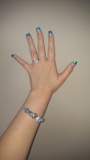 blue nails :) blue bracelet