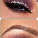Smokey eye with sparkles
