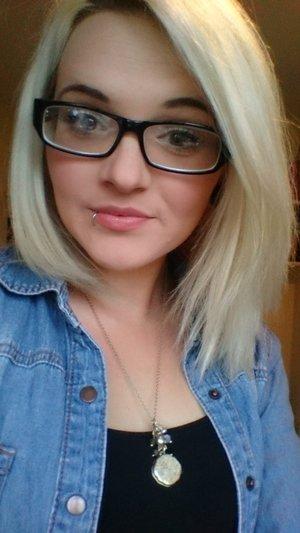 Love a good hair day ??  Blondie.
