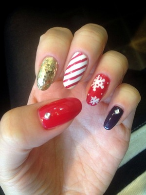 Free hand drawn nails art on natural stiletto nails