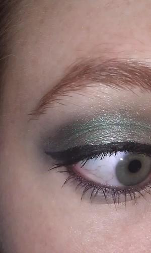 Dark green smoke eye.