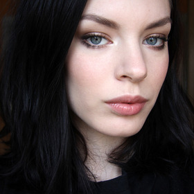 Soft/natural/earthy/no-makeup makeup looks