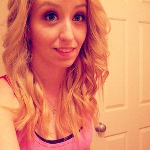 don't do it often, but I love my hair curly ♥