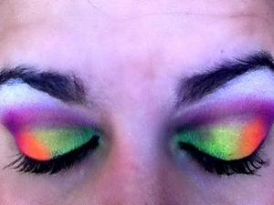 My New Sleek Acid Pallet im obsessed with these colors