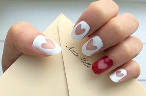 A simple and cute heart design Tutorial here: https://www.youtube.com/watch?v=ldUUxavfxzI